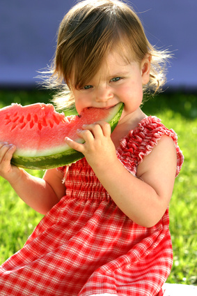 alimentation-enfant-fruit
