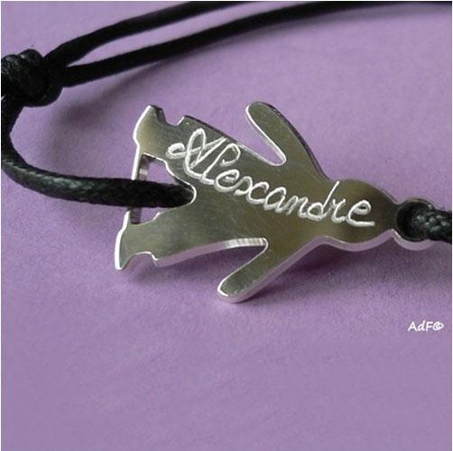 bracelet-figurine