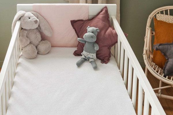 Les matières de matelas pour bébé